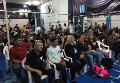Una gran fiesta del boxeo de Racing