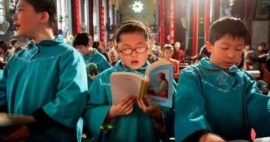 Número de cristãos na China já supera o de filiados ao Partido Comunista