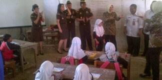 Suasana acara jaksa masuk sekolah di SD Negeri Bugel, Pasir Limus, Pamarayan, Kabupaten Serang
