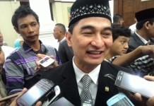 Achmad Dimyati Natakusumah.