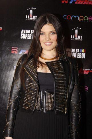 2012 - GALA PREMIILOR RADAR DE MEDIA (32) PAULA SELING