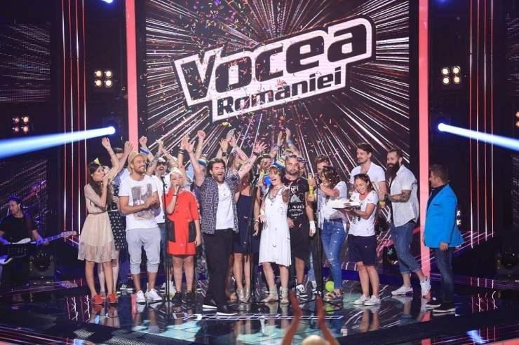 Smiley si echipa Hahaha VOCEA ROMANIEI PRO TV