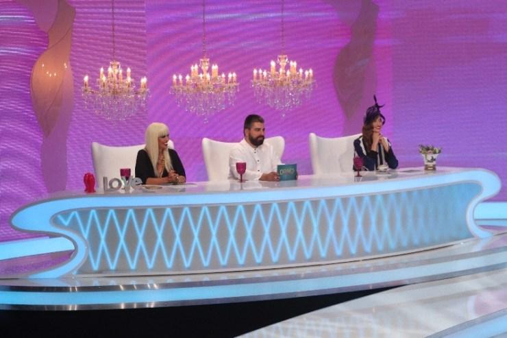 Juriul Bravo, ai stil! Iulia Albu, Raluca Badulescu si Maurice Munteanu