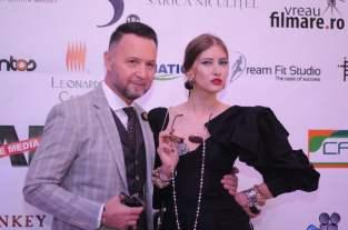 iulia-albu-si-nicusor-stan-gala-premiilor-radar-de-media-2016