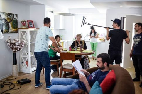 CAND MAMA NU-I ACASA, SERIAL, HAPPY CHANNEL (2)