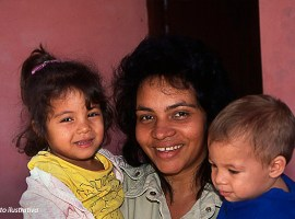 Diário de Missões: Cristã cubana dedica a vida a ensinar sobre Deus
