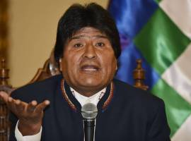 Evo Morales se prepara para criminalizar evangelismo na Bolívia