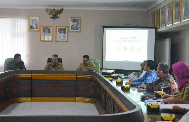 Pemprov Lampung Berencana Berikan Pada Guru Mipa Ditingkat SMP dan SMA