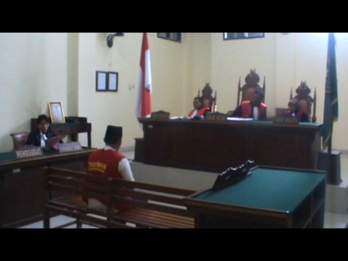 Oknum Brimob Polda Lampung Didakwa Kasus Penipuan