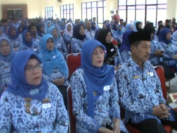 443 PNS Kota Bandar Lampung Dapat Penghargaan Presiden