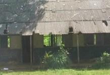 Sekolah SD Mirip Kandang Kambing