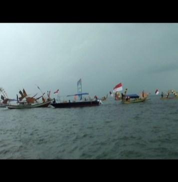 Lomba Perahu Jukung Festival Rajabasa