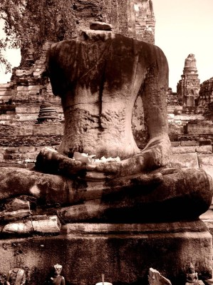 Impermanence Buddha [An image by Adam Phillips, from Ayuthaya in Thailand. Reproduced with permission.]