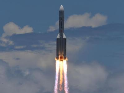 China lanzó una misión espacial que busca aterrizar en Marte