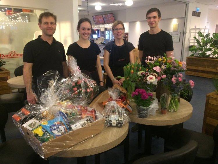 Die Mannschaft vom Café Twist it im Snellemarkcenter in Rønne.