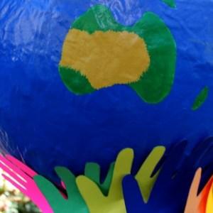 Globe-terrestre-peint-