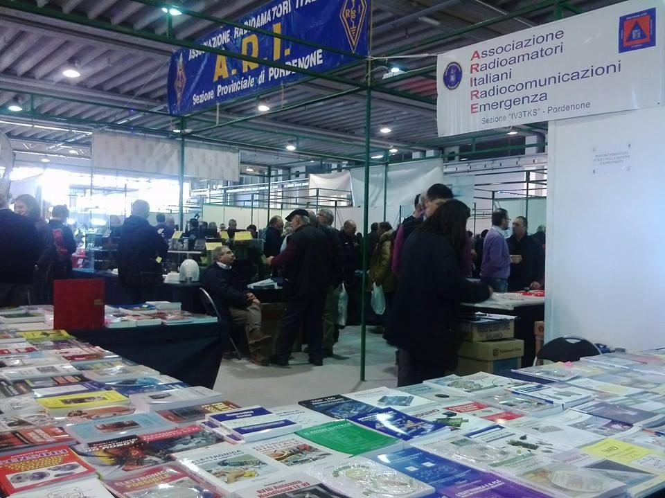 538002 591874324181225 276236325 n Attività fiera 2014 Sezione A.R.I. (Associazione Radioamatori Italiani) di Pordenone