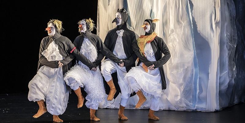 #PerformingAustria – Pinguine und Klimawandel beim Jassy International Theater Festival für junges Publikum