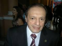 El rector de la UNsa Víctor Hugo Claros