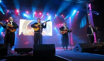 Los Ceibales durante su actuación en Dolores