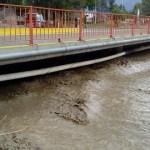 Preocupa el embanque en el puente del Río Chuscha