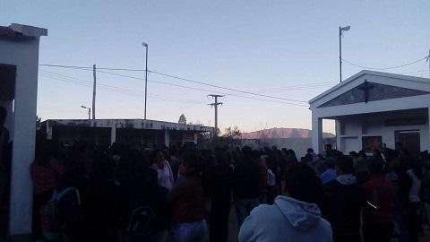 Profundo pesar y pedidos de justicia en el entierro de Leonardo Díaz