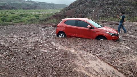 La lluvia cortó la Ruta 68 y provocó inconvenientes