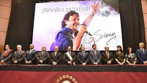 Gustavo Sáenz tomó juramento al nuevo gabinete de ministros