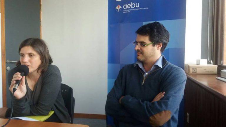 Histórico convenio colectivo de los funcionarios de AEBU