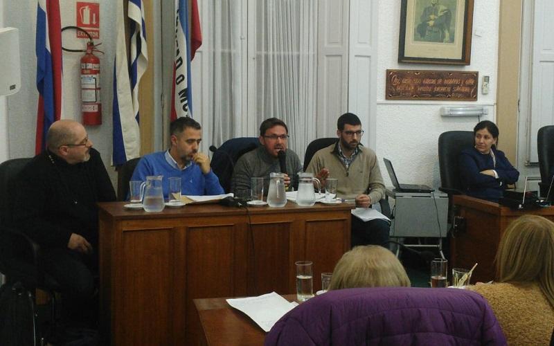 AEBU recorrió Trinidad y expuso en la Junta de Flores