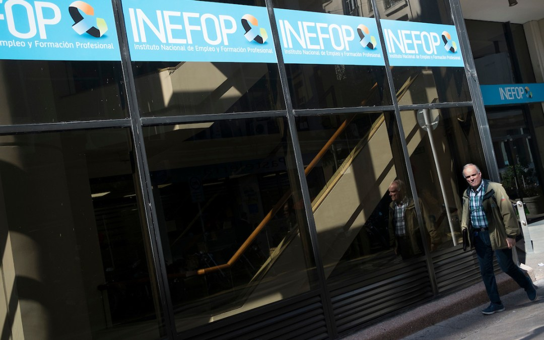 La motosierra llega al Inefop