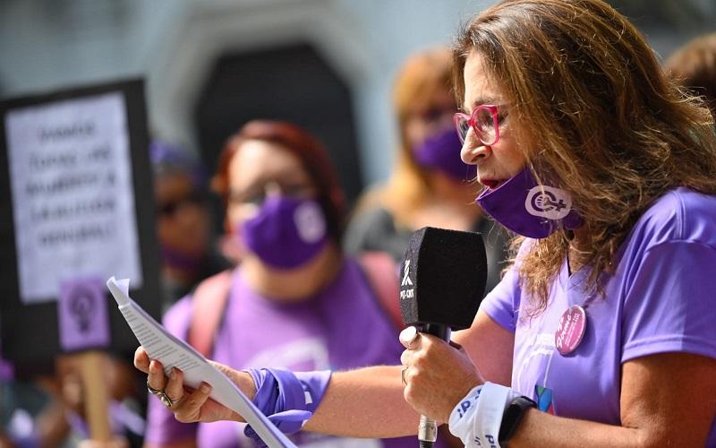 Un 8M especial «recordando a las pioneras y reforzando el esfuerzo por la equidad»