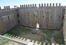 Castell de la muntanya de Torroella de Montgrí