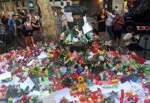 Font de Canaletes després de l'Atemptat a la Rambla de Barcelona