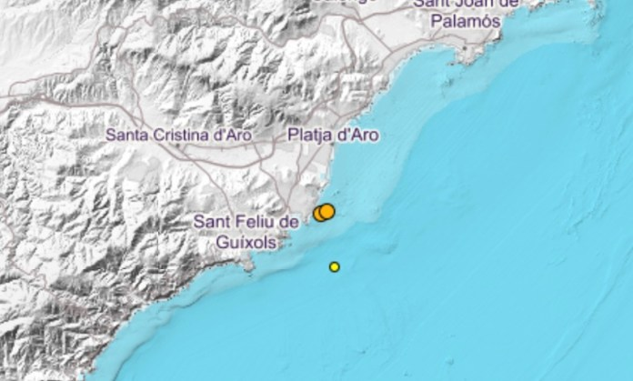 Mapa on es localitzen els terratrèmols d'aquest dimecres a Platja d'Aro i Sant Feliu | Imatge del Ministeri de Foment