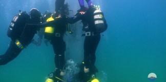 Moment del castell submarí a la Platja del Castell a Palamós | Imatge de l'Associació d'Amics de les Illes Formigues