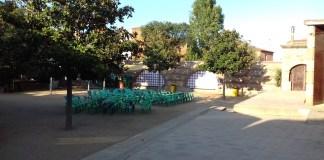 privat:-la-fira-d'indians-de-begur-s'amplia-enguany-al-pati-de-les-escoles-velles
