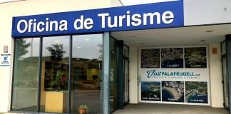 privat:-el-75%-dels-turistes-i-visitants-valoren-amb-nota,-l'atencio-personalitzada-de-les-oficines-de-turisme-de-palafrugell