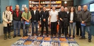 Els integrants de la delegació colombiana, amb responsables del Museu de la Pesca, la Confraria, el DARP i ICM-CSIC, durant la visita d'ahir al Museu de la Pesca. | Imatge del Museu de la Pesca