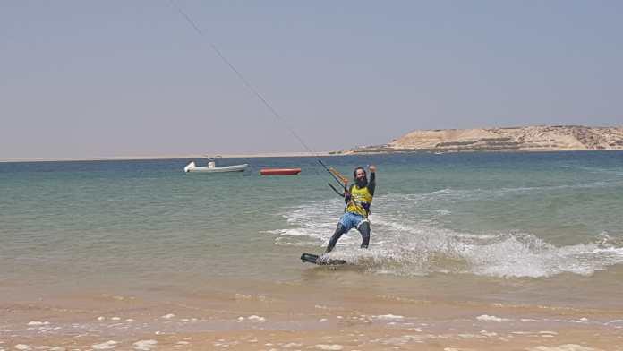 Àlex Subirà fent kitesurf | Imatge d'Àlex Subirà
