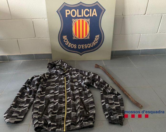 Dos detinguts a la Bisbal per un robatori amb força   Imatge dels Mossos d'Esquadra