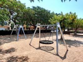 privat:-renovacio-integral-de-la-zona-de-jocs-infantils-de-la-placa-del-cargol