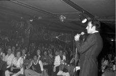 Actuació de Julio Iglesias a la discoteca Paladium de Platja d'Aro. // Ajuntament de Girona. CRDI (Narcís Sans Prats)