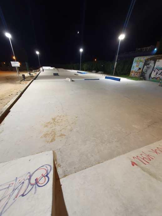 privat:-palafrugell-realitza-millores-en-la-illuminacio-de-l'skate-park