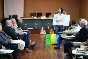 Los mayores de Cartaya y El Rompido aprenden a reciclar