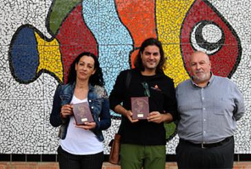 Los alumnos del 'Juan Ramón Jiménez' elaboran un gran mosaico de cerámica de más de 6.400 piezas