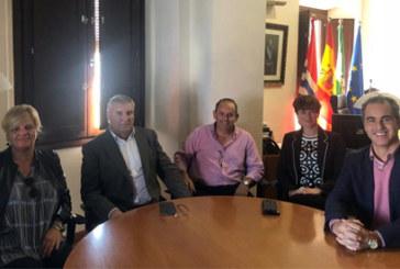 Cartaya | El Ayuntamiento y el sector hotelero colaboran para mejorar la oferta turística