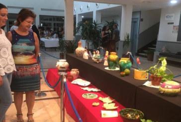 Los Amigos de la Cerámica de Cartaya exponen en el Centro Cultura de la Villa