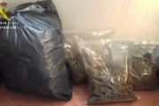 Villablanca | La Guardia Civil interviene una gran cantidad de marihuana en el interior de un vehículo