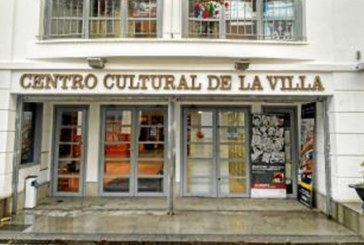 El cómico jienense Santi Rodríguez visitará Cartaya con su nueva comedia teatral ¡Infarto, no vayas a la luz!